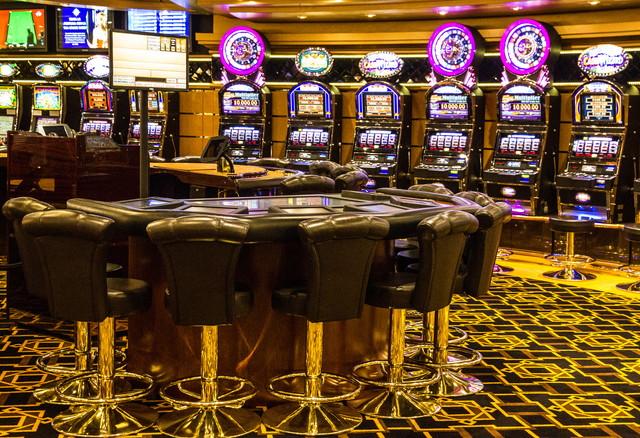 :ギャンブルカジノのゲームスロットマシン